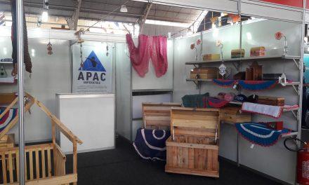 Associação de Assistência aos Condenados tem estande para venda de produtos artesanais no 16º Salimp
