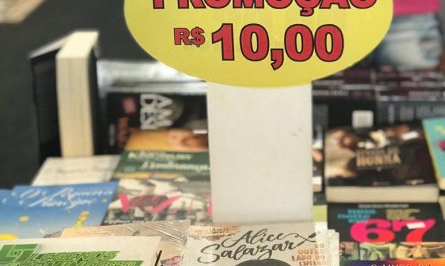 Livros a baixo custo no 16º Salimp incentivam a leitura