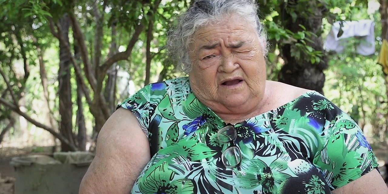 """""""Isso ainda não é visto como profissão"""": Raimunda Rodrigues em última entrevista sobre vida de quebradeira de coco"""