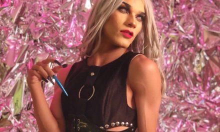 """""""As pessoas veem como uma arte marginalizada"""": Frimes fala sobre suas dificuldades do mundo drag"""