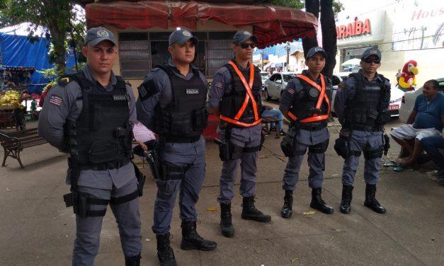 PM reforça segurança no centro comercial para o dia das Mães