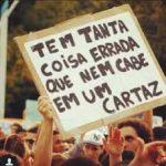 Brasileiro usa criatividade para protestar contra cortes na educação