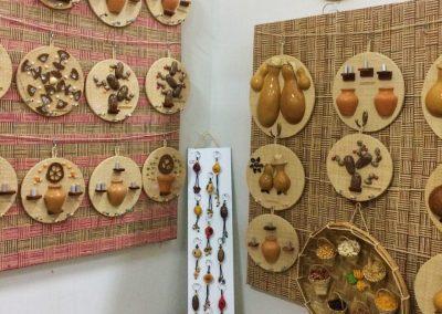 Artesanato produzido com sementes