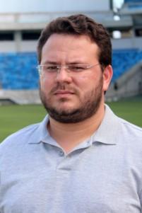 """""""A história e trajetória do jogador Moura é a de todo brasileiro que tem um sonho"""", define o jornalista Bruno Araújo"""
