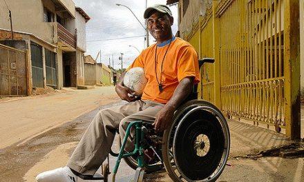 Deficientes x Mercado de Trabalho no Brasil